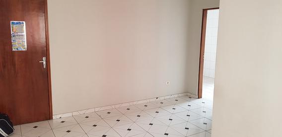 Apartamento 2 Dorm 1 Vaga 1 Banh - Reformado - Barato