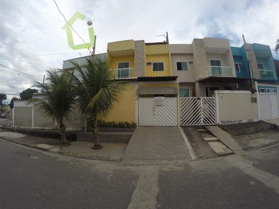 Aluguel - Casa Triplex 02 Quartos Em Nova Iguaçu