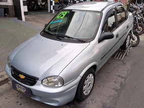 Corsa Sedan Spirit 1.0 8v Flex 2009 - Completo - R$ 15.990