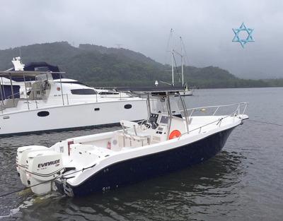 Lancha Fishing 26 Iate N Azimut Intermarine Catamarã Phantom