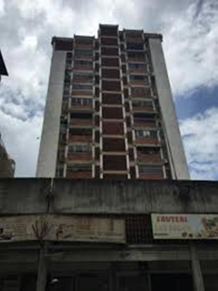 Apartamento En Res, Las Amazonas 04243368365