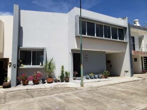Se Vende Casa En Residencial La Llave, Fortín, Veracruz.