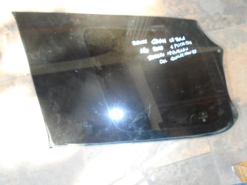 Vendo Vidrio Trasero Izquierdo De Suzuki Gran Vitara,  2000