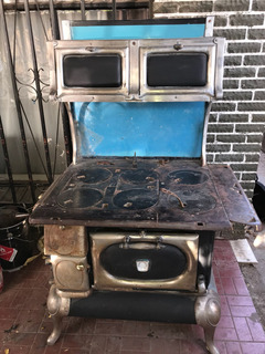 Estufa Antigua Americana
