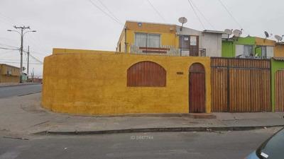 Casa Alto Hospicio / Calle Dos