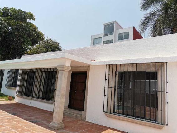Bonita Casa En Las Palmas