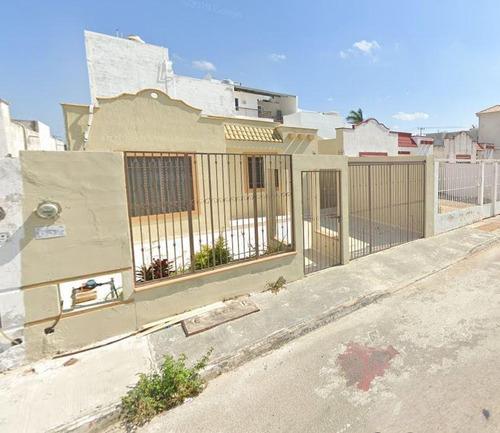 Imagen 1 de 7 de Bonita Casa En Mérida Yucatán