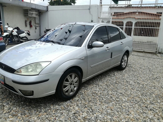 Ford Focus Ghia 2.0 Duratec