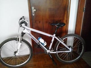 Bicicleta High One 26