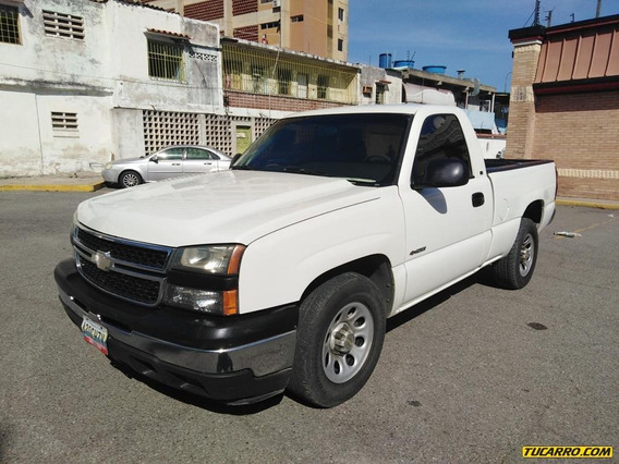 Chevrolet Cheyenne Pickup 4x2