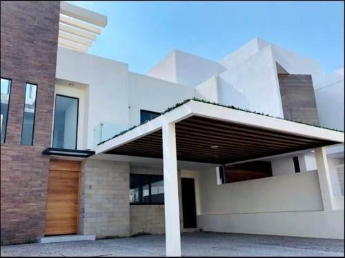 Residencia Estilo Minimalista En La Condesa Juriquilla (da)