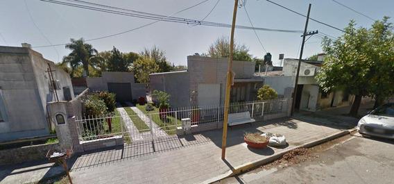 Casa Venta 2 Dormitorios, 2 Baños Y Piscina -terreno 13,75 X 43,40 Mts -597 Mts 2- Magdalena