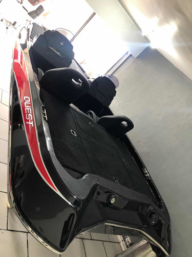 Quest 290 Bass Boat