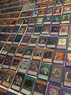 Lote 250 Cartas Yugioh 5 Ultra 10 Super 10 Raras 225 Comúnes