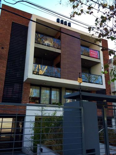 Apartamento En Malvin 2 Dormitorios, Garage Parrillero