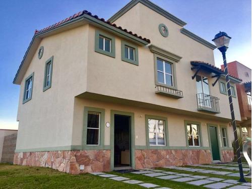 Imagen 1 de 9 de En Venta Casa En Real Solare, Estilo Californiano, 3 Recamar