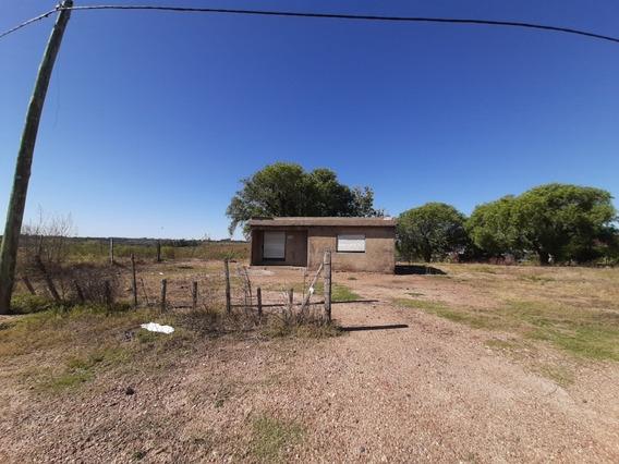 Terreno Av. Reyles - Salto - 1000 M Ruta 3 Y Est. Axion