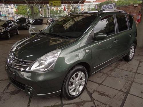 Imagem 1 de 8 de Nissan Livina