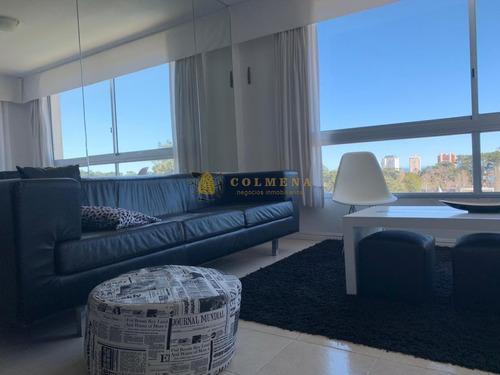 Apartamento En Excelente Ubicación  - Ref: 4030