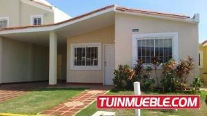 Mls 18-11307 Casas En Alquiler En Doral Norte