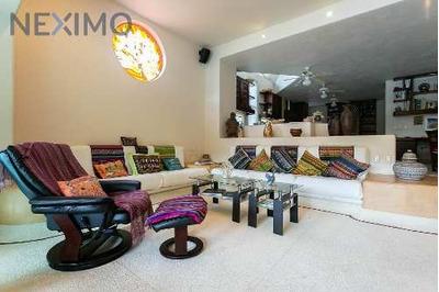 Venta De Hermosa Residencia En Ixtapa