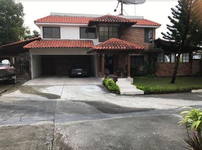 Casa En Ciudad Modelo Sdn