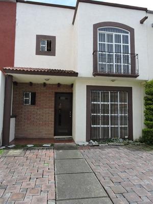 Muy Bonita Casa En Hacienda Del Valle I, Perfecto Estado