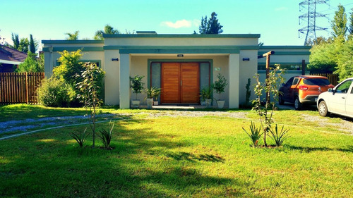 Casa C/ Pileta 4 Amb. B° Las Condes, Pilar