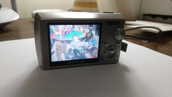 Câmera Digital Olympus Stylus 810