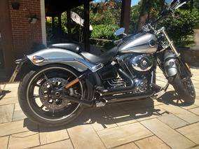 Harley Davidson Breakout Serie Especial Kandy