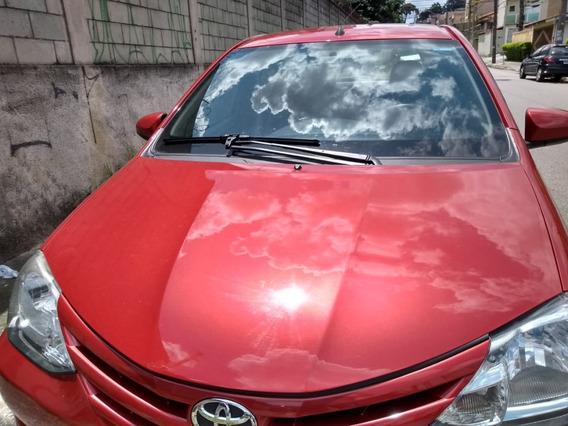 Toyota Etios 1.3 16v X 5 Portas