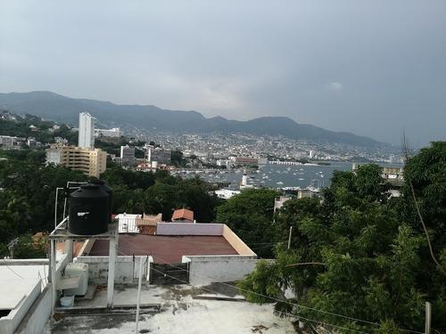 Venta. Casa En Fracc. Las Playas, Acapulco