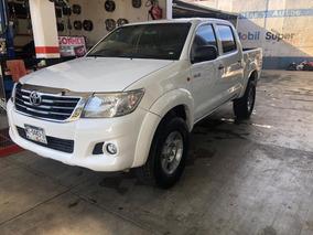 Toyota Hilux Doble Cabina 2014