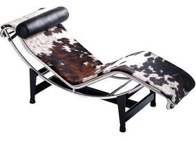 Chaise Longue Le Corbusier Em Vaquejado