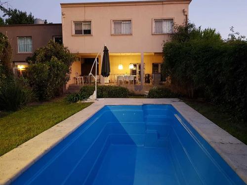 Imagen 1 de 14 de Excelente Casa Quinta Alquiler