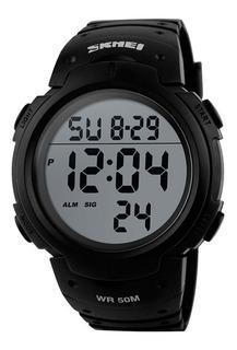Reloj Hombre Skmei 1068 Cronómetro Alarma Luz Sumergible Números Grandes