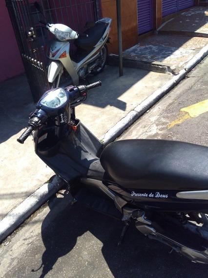 Yamaha Neo Yamaha 2010