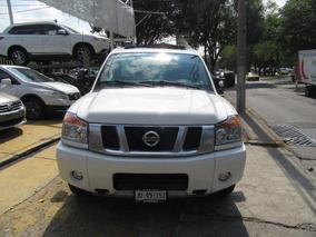 Nissan Titan Blanca 2015