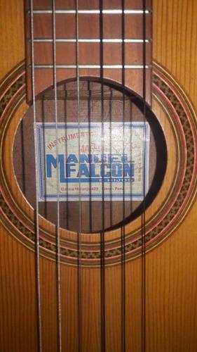 Imagen 1 de 6 de Guitarra Manuel Falcón Acústica Clásica Criolla Accesorios