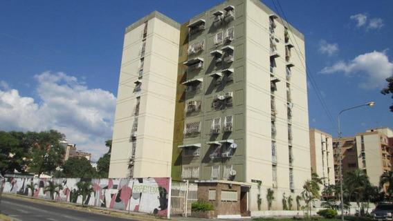Apartamento En Venta Base Aragua, Maracay 19-2324 Hcc