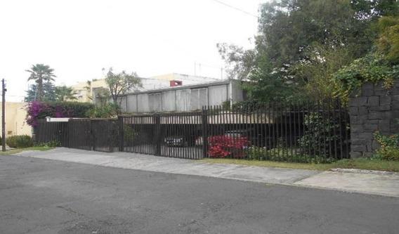 Casa 1400 M2 De Terreno, 600 M2 De Const. En Un Solo Nivel