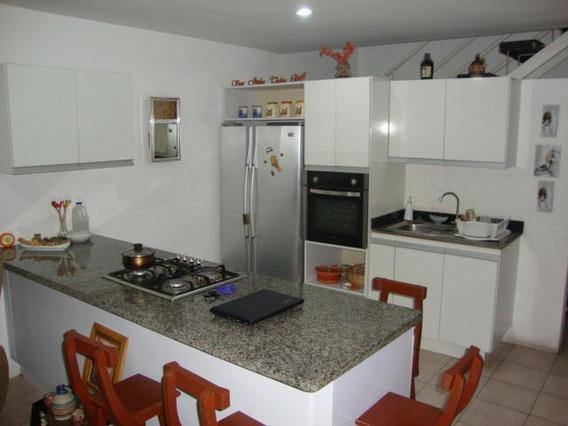 Local-casa En Venta Baquisimeto Este 19-6016 Jg