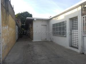 Se Vende Casa En Maracay Urb Hipodromo Con Local Nb 2113417