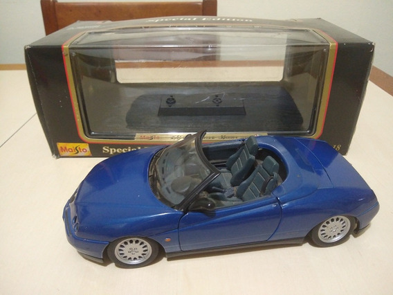 Réplica 1:18 Alfa Romeo Spider Maisto