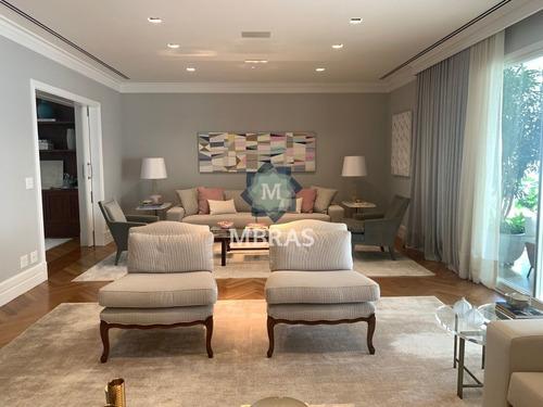 Impecável Design De Interiores Em Apartamento Luxuoso No Itaim  - Mb10453