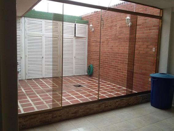Casa En Venta Vista Linda Charallave #20-16062 Cb