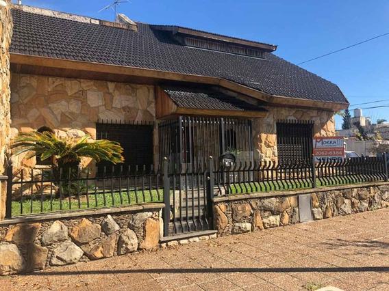 Venta De Casa Saladillo Esq. San Pedro - Mataderos