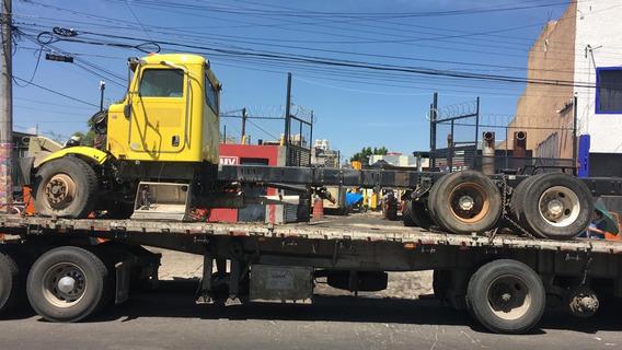 Camion Torton Peterbilt 2010 Accidentado (acostado)