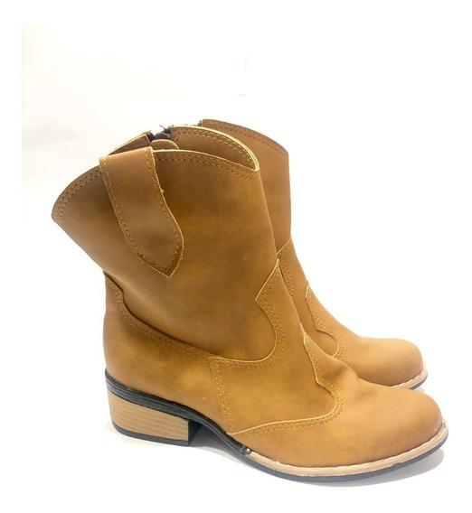 Tejanas De Caña Media Con Detalles Zapatos Botas