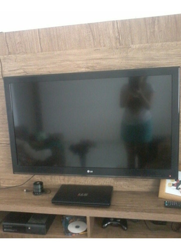Imagem 1 de 3 de Tv LG . Lcd